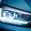 ● VW、ゴルフトゥーランの「テクノロジーパッケージ」にダイナミックライトアシストを追加