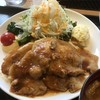 タイムズ スパ・レスタ - レストランのいも豚ロース生姜焼きは、厚切りロース生姜焼きが3枚も載っています!