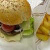ハンバーガーをバンズから手作りして大満足&鱈のムニエル