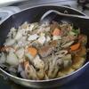幸運な病のレシピ( 694 ) 朝:パテから作ったギス団子の煮しめ、ししゃも焼き