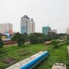 ヤンゴン郊外から中心部へ電車移動。日本から贈られた電車が活躍しています。【2016年7月ミャンマー旅行記3】