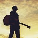 全然歌わないシンガーソングライターです。