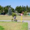 8歳の娘、3週間で自転車に乗れるようになりました!