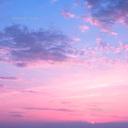 それは夜明けの色