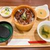 【小松】イオンモール新小松にある「炙り牛たん万」の牛炙りステーキおひつ飯!