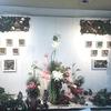 ≪本店3階≫マナコフラワーアカデミー会長 真子やすこ氏によるトロピカルグリーンのご提案。+:*゜