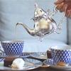 【インペリアルポーセリン】コバルトネットで紅茶が飲める都内のカフェ・ルポポ。