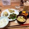 新宿でランチ詰んだ、と思ったらMUJIカフェへ行く。