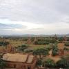 バガン観光開始。仏塔「シュエサンドー・パヤー」で朝日を見ようとしましたが曇りで残念。【2016年7月ミャンマー旅行記12】