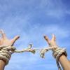 自称覚者や真理系男子・女子は悟りに取り憑かれている!悟りなんて手放してもっと自由に生きればいいのに!