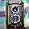 70年くらい前の二眼レフカメラWAGOFLEXで撮った写真。