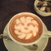妹とカフェで遭遇