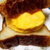 レンジで作った厚焼き玉子のサンドイッチ