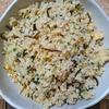 お米のかわりに食べるカリフラワーのツナ卵塩昆布チャーハン