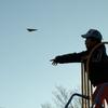 紙飛行機、そして近所の人気のない公園。