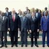 首脳宣言「保護主義と闘う」明記…サミット閉幕