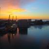 夜明けのヘルシンキ港とスーパーポジティブなホテル