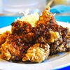 豊洲の「やじ満」で油淋鶏、揚げワンタン。