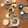 とうもろこしごはん、手羽中の梅干煮、豆腐とミニトマト、きゅうりと白菜の塩昆布和え、軟骨唐揚げ
