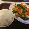 安里三叉路のチャイナクイックAで豚肉とピーマンの黒胡椒炒め