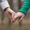 【恋愛心理】なぜ自分と正反対の人を好きになるのか?