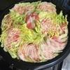 寒い季節は鍋がいいよね♪「ほんだし」豚バラと白菜の重ね鍋を食す。
