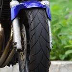 【バイク】カフェレーサーに似合うタイヤ12種類のまとめ|カスタム