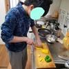 息子と料理(簡単な)を作ってみよう。