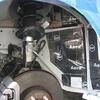 ボルボV40のロードノイズ低減施工・フロントタイヤハウス
