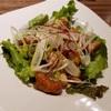 東京 神田〉おいしい鶏料理で一献もうける。古民家風なのでムードも上々。