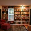 本棚がある限り本はそこに存在し続けるのだから…