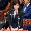 稲田防衛相、涙ぐむ場面も 攻める民進、首相が助け舟