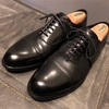 ブランド革靴 shetland fox coventry ストレートチップを鏡面磨き