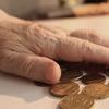 なぜ年金は課税対象なのか
