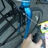 素人だけどクロスバイクとロードバイクの再生にチャレンジしようと思う③ ブレーキケーブルの交換・カゴ取り付けの途中まで