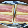 朝食のパンにチーズをのせなくなって幾星霜