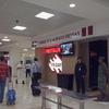 カンクン国際空港の食事処とお土産物屋