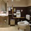 横浜高島屋の車イス対応トイレは全6ヵ所 カーテン付きの多目的トイレもあり