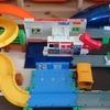 【育児編】おしごと体験サウンドいっぱい!ブルブルガソリンスタンド ENEOSをトミカシステムと接続っぽくしてみる。
