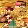日本限定マルニのアートとチョコのコラボ/カリフォルニアの障害者支援団体とマルニのかわいい紙袋コラボ