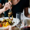【親子で英会話】食事中に使える簡単フレーズで子供の英語力を伸ばそう