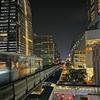 夜の大都会バンコクを、短パンで散歩!