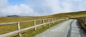 紅葉時期の美ヶ原高原は寒かった!10月の王ヶ頭ハイキングとビーナスラインの感想【服装/アクセス】