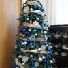 100均&ニトリのオーナメントとリボンを使って、クリスマスツリーをおしゃれにデコレーション