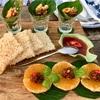ワットアルンを眺めながらスパンニガーで夕食を(Supanniga Eating Room)