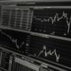 株式市場の暴落への備えのための資産形成とは?