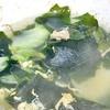 セブンの冷凍プレミアムたこ焼きと築地銀だこ冷凍たこ焼きを食べ比べるとワカメスープかな♡