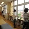 図書館が夏の装い 図書館支援(環境整備)ボランティアさんの活躍