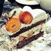 ハーブスで、春のストロベリーチョコレートケーキ