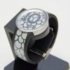 """【時計】ソニー、電子ペーパー採用で""""柄を変えられる""""腕時計「FES Watch U」 ー アプリでオリジナル柄作成も"""